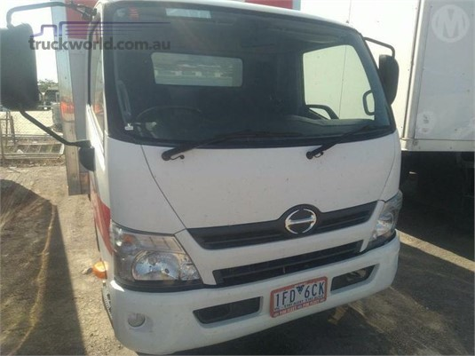 2015 Hino 300 615 - Trucks for Sale