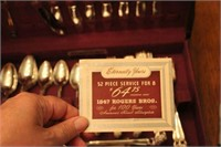 Roger's 8 Place Setting Flatware