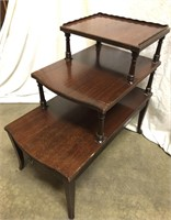 Wood Tier Table 26x15x25