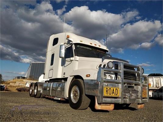 2006 Freightliner CENTURY 120 - Trucks for Sale