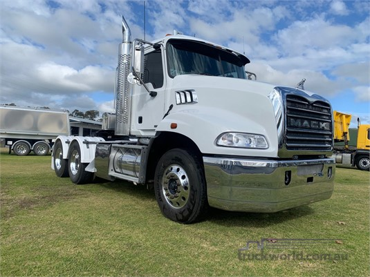 2012 Mack CMMT - Trucks for Sale