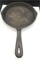 Wagner's 1891 original cast-iron 9 inch skillet