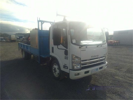 2013 Isuzu NQR - Trucks for Sale