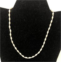 Vintage pearl like necklace