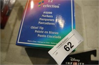 BOX 12 PERFECTION #8800 MARKERS CHISEL TIP RED
