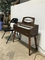 Magnus electric chord organ piano, working