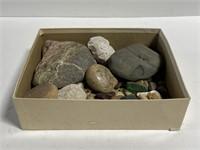 Lot box collection of rocks & sea glass