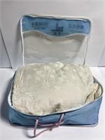 Twin size silk comforter/bedspread