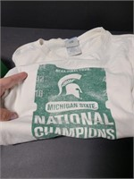 Vinateg Michigan State t-shirt and cap