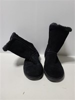 New w/ tags Mossimo soze 10 black boots