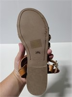 American Eagle size 10 sandals
