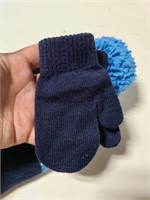 New w/ tags kids winter hat and mitten set