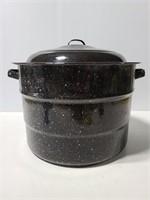Graniteware pot w/ vintage choppers/shredders