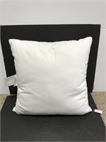 New Threshold large throw pillow, 22 x 22 in