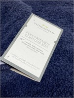 Pair of performance contour bathroom rugs