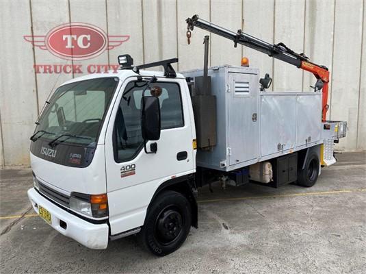 2004 Isuzu NPR 400 Long Truck City - Trucks for Sale