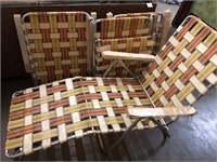 4 vintage lounge chairs – some of them still