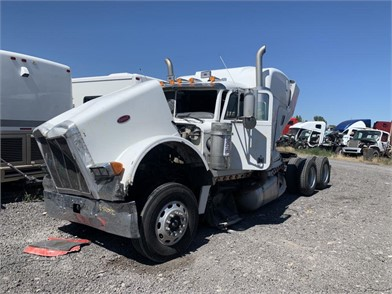 Peterbilt Salvage Trucks For Sale 36 Listings Truckpaper Com Page 1 Of 2