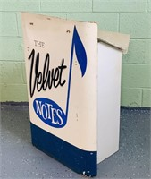 """""""The Velvet Notes"""" Musicians Portable Stand"""