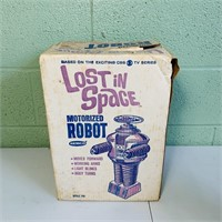 1966 Lost In Space Remco Motorized Robot w/box