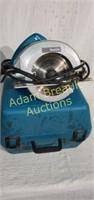 Makita 5007NB 7.25 circular saw with case