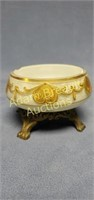 Vintage 4 in decorative cast-iron footed ashtray