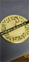 Lenox 10 inch Holly and berries platter