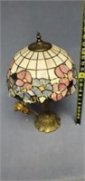 19 in stained glass table lamp