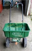 Scott's Speedy Green 3000 lawn spreader