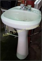 Porcelain 34 in pedestal sink and faucet