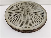 """18"""" Perforated Pizza Pan"""