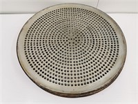 "18"" Perforated Pizza Pan"
