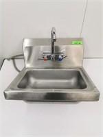 Wall Mount S/S Handsink W/ Faucet
