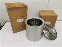 New 2QT Ice Bucket