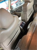 2002 Acura inside view 5