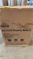 Trifold display board