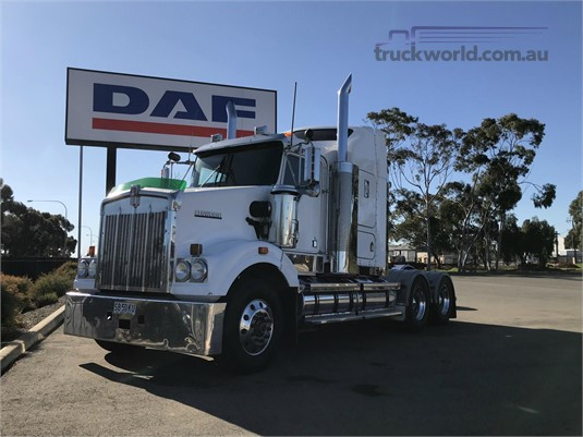 2009 Kenworth T408 SAR - Trucks for Sale