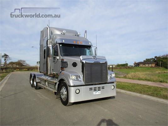 2014 Freightliner Coronado 114 - Trucks for Sale