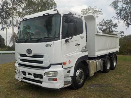 2010 UD GW470 - Trucks for Sale