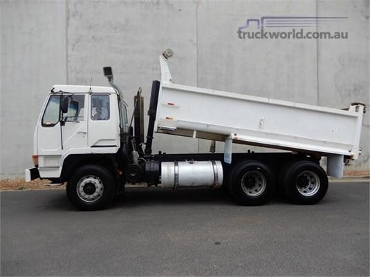 1995 Mitsubishi Fuso FV418 - Trucks for Sale