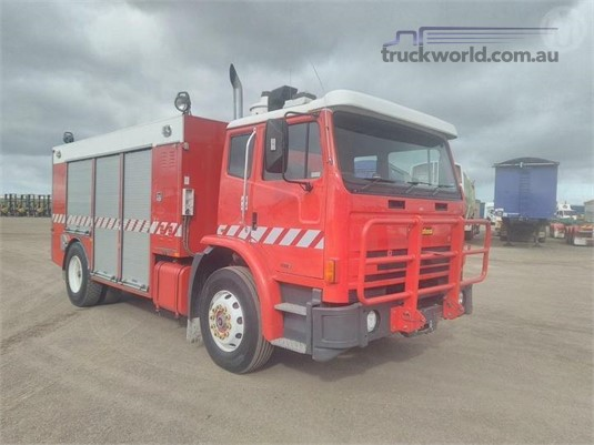 1999 International Acco 2250D - Trucks for Sale