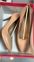 Women's heel size - 9