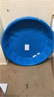 Blue summer waves plastic pool