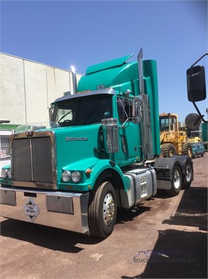 2010 Western Star 4800FX - Trucks for Sale
