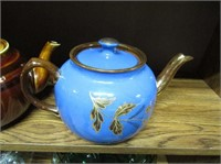 Selection Saddler Teapots