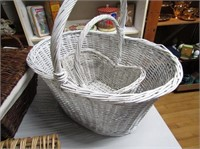 Selection Wicker Baskets & Trays