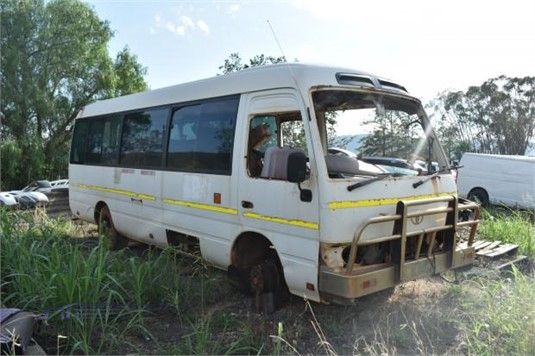 2010 Toyota COASTER - Wrecking for Sale
