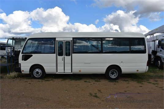 2006 Toyota Coaster BB50R Standard Lwb - Buses for Sale