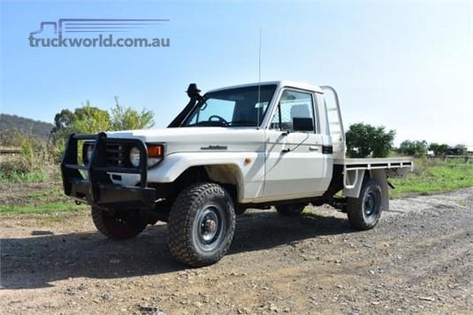 2005 Toyota LANDCRUISER - Trucks for Sale