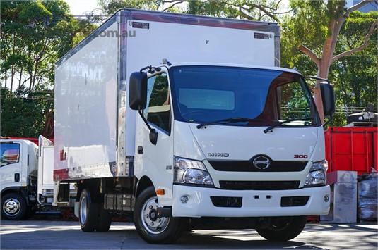 2015 Hino 300 Series - Trucks for Sale